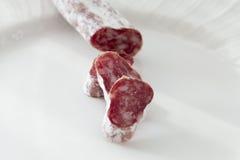 Salami de partie d'un plat Photographie stock