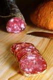 Salami italiano cortado Foto de Stock