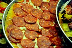 Salami italien, pizza de pepperoni   Photographie stock