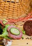 salami met sandwich Royalty-vrije Stock Afbeeldingen