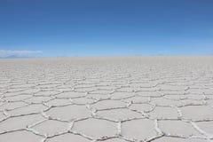 Salar de Uyuni é o sal o maior do ` s do mundo liso Foto de Stock