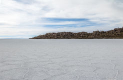 Salar de Uyuni αλατισμένο επίπεδο και νησί κάκτων Incahuasi - τμήμα του Ποτόσι, Βολιβία στοκ φωτογραφίες με δικαίωμα ελεύθερης χρήσης