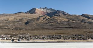 Salar de Uyuni in front of the Tunupa volcano, Altiplano, Bolivia Stock Photos