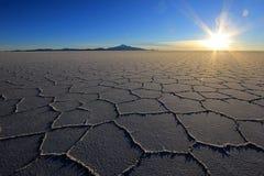 Salar de Uyuni, lago de sal, Bolivia, puesta del sol fotografía de archivo
