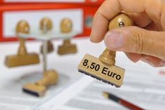 8,50 salari minimi degli euro Immagini Stock