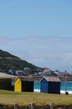 Salas coloridas da mudança da praia em Cape Town Fotos de Stock