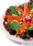 Salat der geräucherten Lachse Lizenzfreie Stockfotos