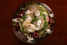 Salat in der Glasplatte Lizenzfreies Stockbild