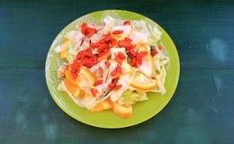 Salat des Huhns und der Orangen mit goji Stockfotografie