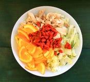 Salat des Huhns und der Orangen mit goji Lizenzfreies Stockfoto