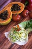 Salat gemacht mit Porree und Zwiebel Lizenzfreie Stockbilder