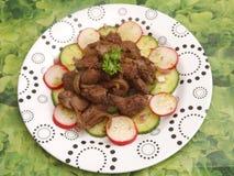 Salat mit der Leber lizenzfreies stockfoto