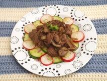 Salat mit der Leber stockfotografie