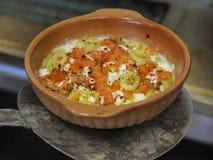 Salat mit Käse Lizenzfreies Stockbild