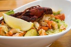 Salat mit Krabbe Lizenzfreie Stockbilder
