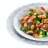 Salat mit Speck und Avocado Stockbilder