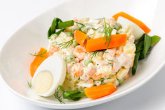 Salat Olivier Lizenzfreies Stockfoto