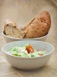 Salat und Brot Fetta Lizenzfreies Stockfoto