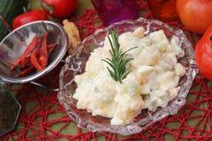 Salat von Kartoffeln lizenzfreie stockfotos