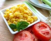 Salat von Mais lizenzfreie stockfotografie