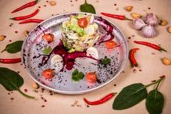 Salat von Pilzen und von Kopfsalat Lizenzfreie Stockfotografie