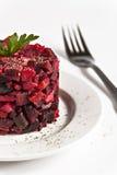 Salatessigsoße auf einer Platte auf einem weißen Hintergrund lokalisierte clos lizenzfreie stockfotos