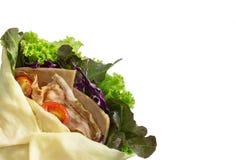 Salatkrepp mit Schinkenspeck und -gemüse Stockbild