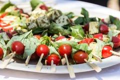 Salatservierplatte Stockfoto