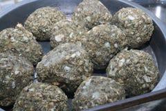 Salbei- und Zwiebelenfleischklöschen Stockfotos