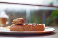 Salchicha de cerdo hecha de los ingredientes bien escogidos imágenes de archivo libres de regalías
