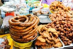 Salchicha picante tailandesa septentrional, foco selectivo foto de archivo libre de regalías