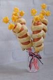 Salchichas adornadas para el Día de la Independencia Fotografía de archivo