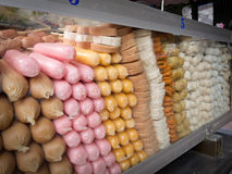 Salchichas congeladas coloridas Foto de archivo