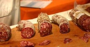 Salchichas del salami Foto de archivo