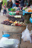 Salchichas tailandesas asadas a la parrilla en la estufa Fotografía de archivo libre de regalías