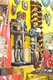 Sale av souvenir i abbey av Mont Sanktt Michel. Normandy Franc Royaltyfria Foton