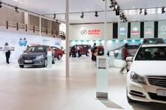 Sale d'esposizione dell'automobile Immagine Stock