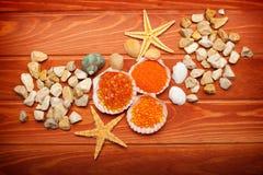Sale di bagno e sea-shell Fotografia Stock Libera da Diritti