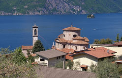 Sale Marasino Chiesa di San Zenone on Iseo lake, Lombardy Royalty Free Stock Images