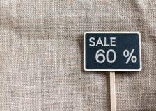 Sale 60 procent teckning på svart tavla Arkivfoton