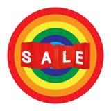 Sale shoppingpåse för annonsering och att brännmärka på färgbakgrund Arkivfoton