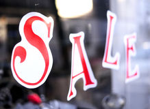 Sale sign in a shopping mall Royalty Free Stock Photos