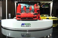 Saleen S7, den toppna körningen, röd härlig bil modellerar Royaltyfri Bild