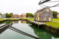 Salem-Hafenansicht vom historischen genannten Schiff Drei-bemastete Freundschaft stockbild