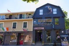 Salem Massachusetts krimskrams shoppar Arkivfoto