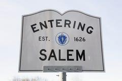 Salem Road Sign entrante, Massachusetts, U.S.A. Immagini Stock Libere da Diritti