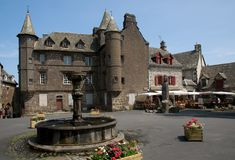Salers, Frankrijk stock afbeeldingen