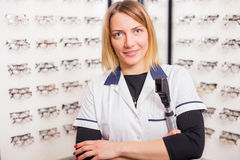 Sales assistant in Optometry shop Royalty Free Stock Photography