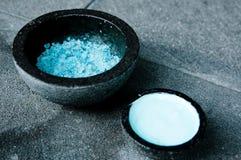Sales azules del balneario fotografía de archivo