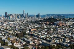 Salesforce塔和旧金山地平线 库存图片
